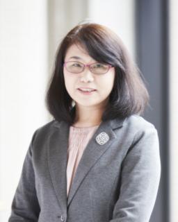 看護学部長 高田 由美